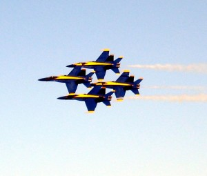 The Blue Angels perform a Diamond formation during the Wings Over Houston Air Show. Photo R. Anderson